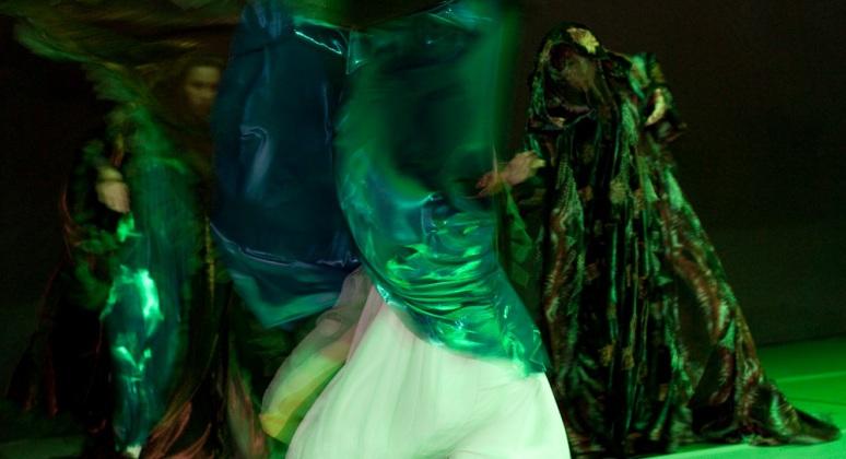 Eurythmie-alanus-hochschule-buehne-flashmob-15