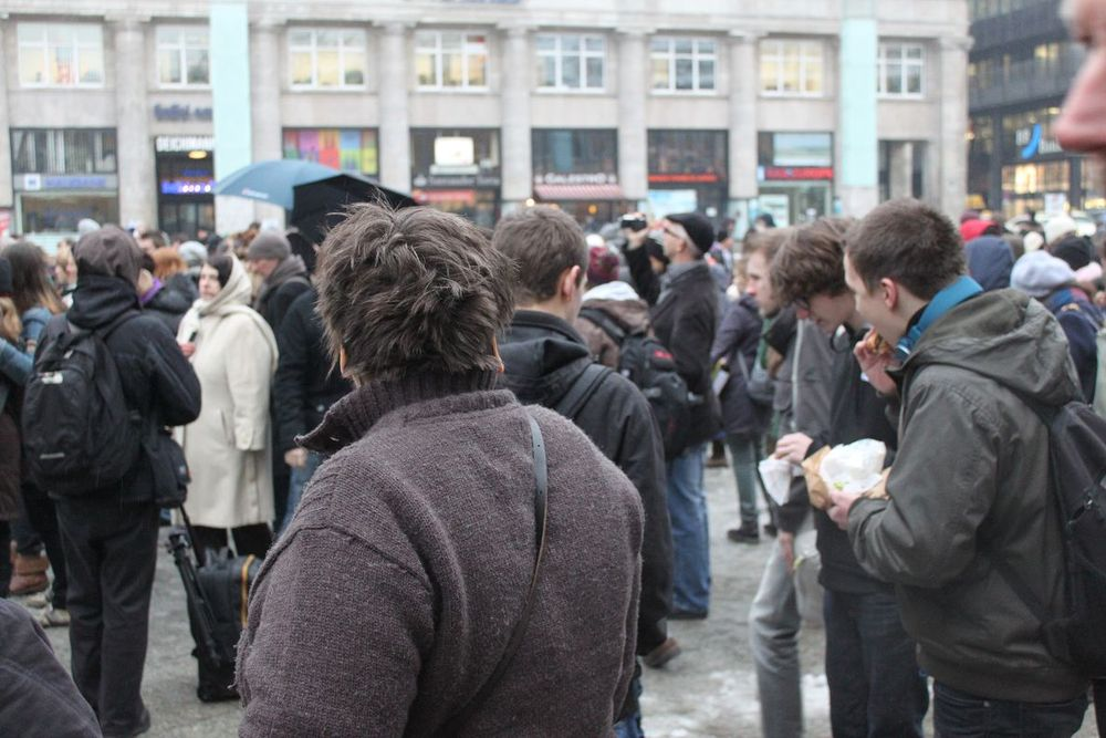 Eurythmie-flashmob-alanus-rudolf-steiner-zugtaufe01